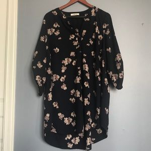 Long navy blouse 3/4 sleeves with flowers